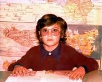 Il sindaco Puccio in una foto della scuola elementare