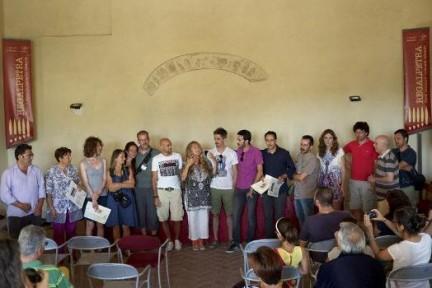 La consegna degli attestati ai partecipanti del workshop (Foto Angelo Pitrone)
