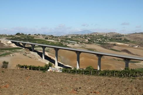 Il viadotto Serra Cazzola (Foto A. Jyoti)