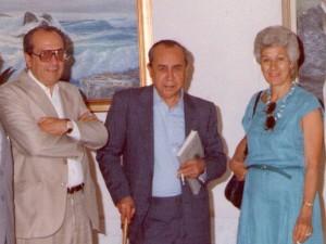 Leonardo Sciascia con Aldo e Nina Scimè a Racalmuto in una foto degli anni '80 (ph: Pietro Tulumello)