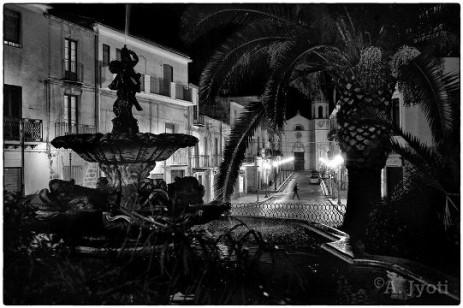 Racalmuto, la piazzetta (Foto A. Jyoti)
