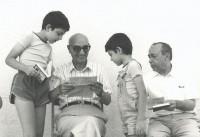 Bufalino alla Noce con Sciascia e i nipoti dello scrittore racalmutese