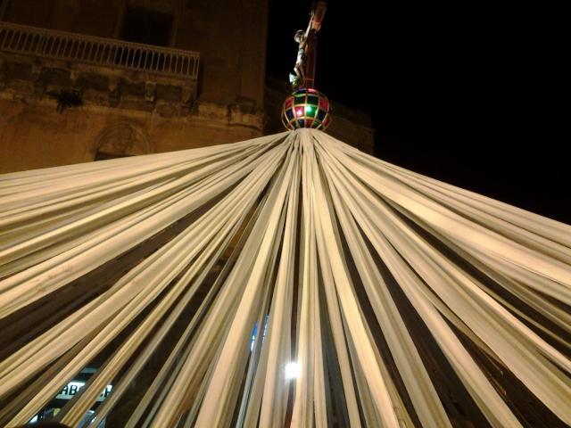 Pietraperzia, quelle centinaia di fasce che accompagnano la Passione di Cristo