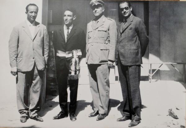 Correva l'anno 1961. Il sindaco Salvatore Arnone con il comandante la stazione Carabinieri e gli assessori Giovanni Infantino e Giuseppe Palermo