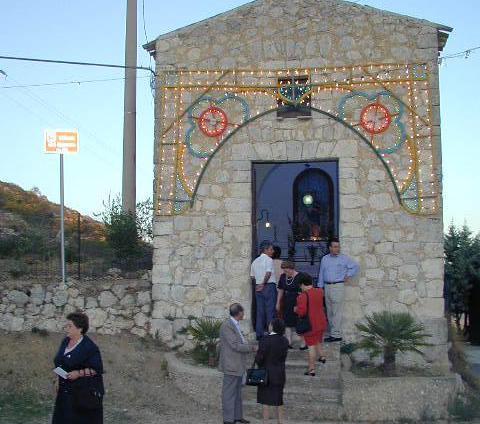La chiesa del Serrone aperta in occasione della festa che si svolgeva a fine agosto e che bisognerebbe riprendere