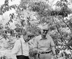 Sciascia e Bufalino alla Noce fotografati da F. Scianna